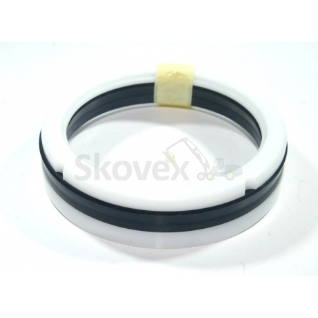 Seal for crane turning cylinder